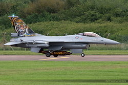 General Dynamics F-16AM Fighting Falcon Norway Air Force 671