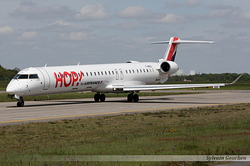 Canadair Regional Jet CRJ-1000 HOP! F-HMLE