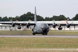 Lockheed C-130H 30 Hercules Armée de l'Air 5152 / 61-PI / F-RAPI