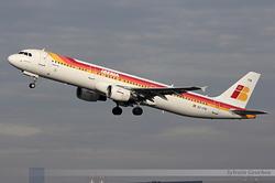 Airbus A321-211 Iberia EC-ITN