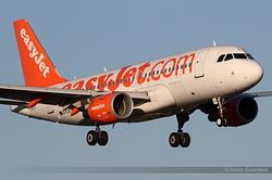 Airbus A319-111 easyJet G-EZFX