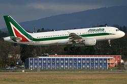 Airbus A320-216 Alitalia EI-EIE