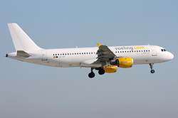 Airbus A320-211 Vueling Airlines EC-ICT