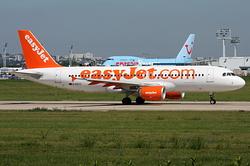 Airbus A320-214 easyJet G-EZTC