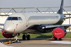 Embraer ERJ-190-100ECJ Lineage 1000 N981EE