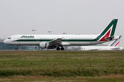 Airbus A321-112 Alitalia EI-IXC