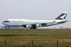 Boeing 747-467 Cathay Pacific Airways B-HUI