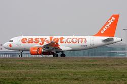 Airbus A319-111 easyJet G-EZFA