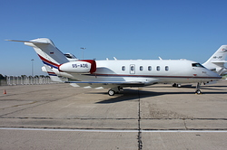 Bombardier BD-100-1A10 Challenger 300 Elit Avia S5-ADE