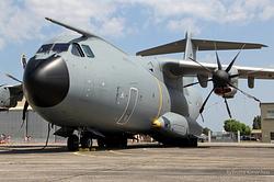 Airbus A400M Atlas Armée de l'Air 007 / F-RBAA