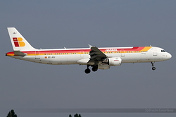 Airbus A321-213 Iberia EC-JEJ