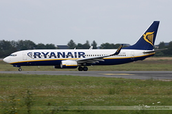 Boeing 737-8AS Ryanair EI-DHH