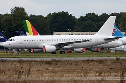 Airbus A320-214 Armavia EK32005