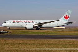 Boeing 787-8 Dreamliner Air Canada C-GHQQ