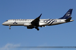 Embraer 190-100STD KLM Cityhopper PH-EZX