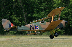 De Havilland DH-82A Tiger Moth F-AZEI