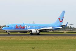Boeing 737-8K5 ArkeFly PH-TFB