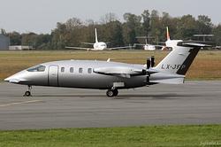 Piaggio P-180 Avanti II JetFly Aviation LX-JFP