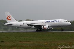 Airbus A320-214 Iberworld EC-IMU