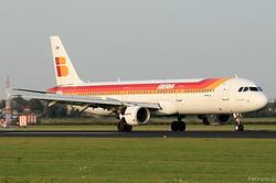 Airbus A321-211 Iberia EC-JDM