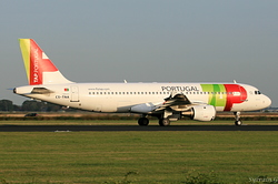 Airbus A321-211 TAP Portugal CS-TNA