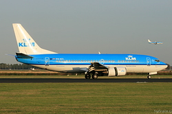 Boeing 737-306 KLM Royal Dutch Airlines PH-BTI