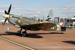Supermarine 361 Spitfire G-MXVI / TE184 / EJC