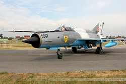 Mikoyan-Gurevich MiG-21MF-75 Romania Air Force 6807
