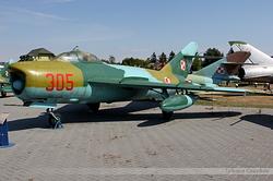 Mikoyan-Gurevich MiG-17PF Poland Air Force 305
