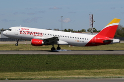 Airbus A320-214 Iberia Express EC-ILQ