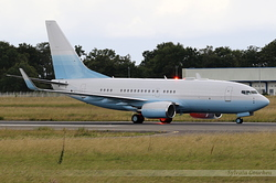 Boeing 737-73U(BBJ) Universal Aviation N742PB