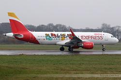 Airbus A320-216 Iberia Express EC-LYE