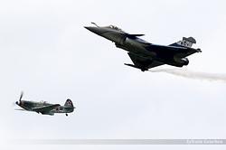 Dassault Rafale C Armée de l'Air 133 / 4-GL & Yakovlev Yak-3UA F-AZXZ