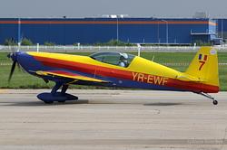 Extra 300L Romanian Airclub YR-EWF / 7