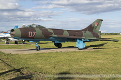 Sukhoi Su-7BKL Fitter Russian Air Force 07 Red