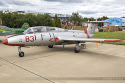 Aero L-29 Delfin Russian Air Force 83 Red