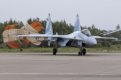 Sukhoi Su-35S Flanker-E Russian Air Force RF-81729 / 73 Red