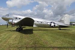 Douglas DC-3A N18121