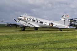 Douglas DC-3A N8336C