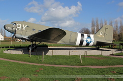Douglas C-47A Skytrain USA Air Force 43-15073 / 9X-D