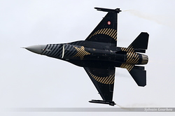 General Dynamics F-16C Night Falcon Turkey Air Force 88-0032