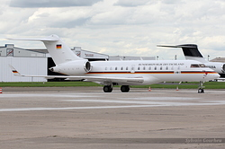 Bombardier BD-700-1A11 Global 5000 Germany Air Force 9848 / 14+01