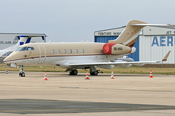 Bombardier BD-100-1A10 Challenger 300 OE-HOO