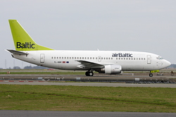 Boeing 737-31S Air Baltic YL-BBR