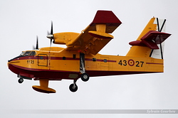 Canadair CL-415 Spain Air Force UD.13-27 / 1121 / 43-27