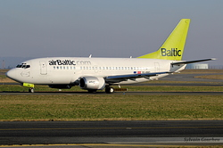 Boeing 737-53S Air Baltic YL-BBD