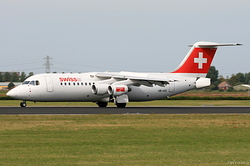 British Aerospace Avro 146-RJ100 Swiss International Air Lines HB-IXO