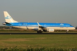 Embraer 190-100STD KLM Cityhopper PH-EZE
