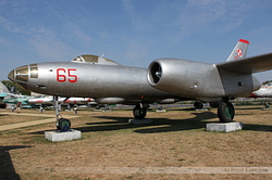 Ilyushin Il-28 Poland Air Force 65