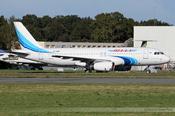 Airbus A320-232 Yamal Airlines VP-BHW